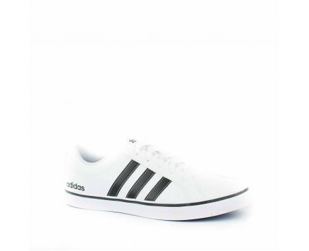 4be600b05 Adidas Pace Vs Branco Preto